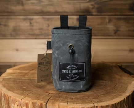 wax-canvas-chalkbag-charcoal-front-2