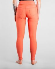 active_jeans_coral_product-3_2048x