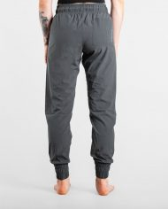 joggers_womens_grey_product3_2048x